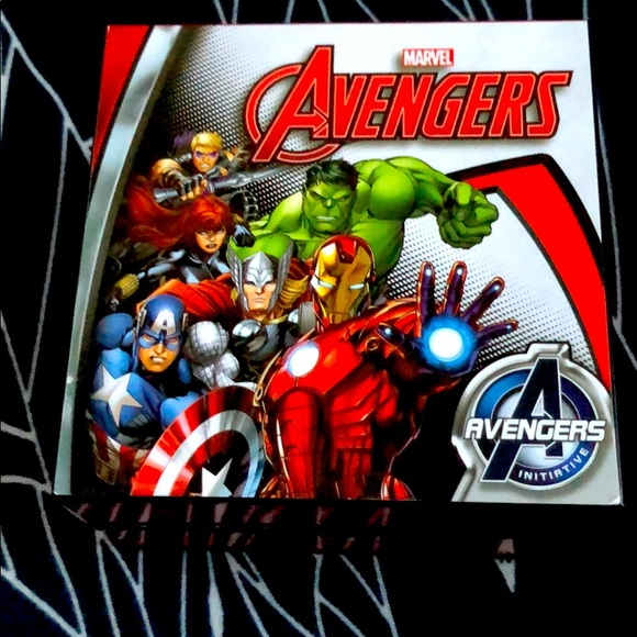 Lot of 2 Avengers watches